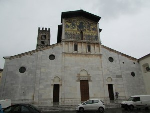 37.Lucca