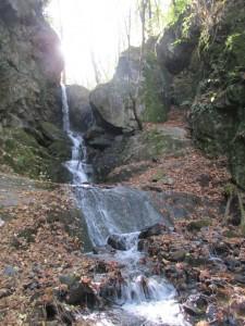 28.Yavornishki waterfall