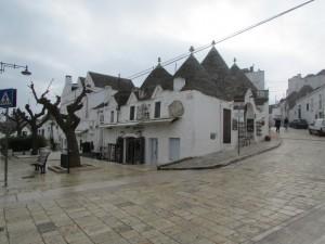 16.Alberobello