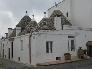 21.Alberobello