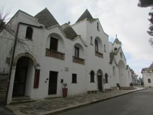 25.Alberobello