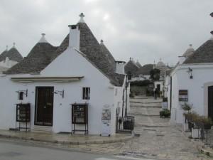 45.Alberobello