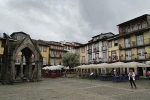 42.Guimaraes-Largo da Oliveira-Padrao do Salado