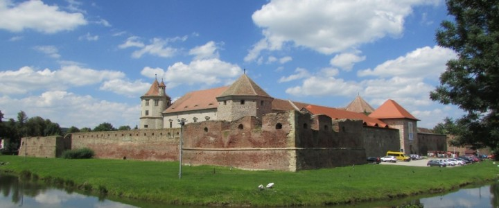 Румъния – разходка в Трансилвания – Transfagarasan, водопада Balea, манастира в Capra и крепостта Fagaras