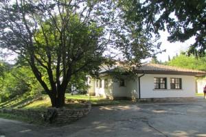 2.Botanic garden and palace Balchik-villa Izbinda