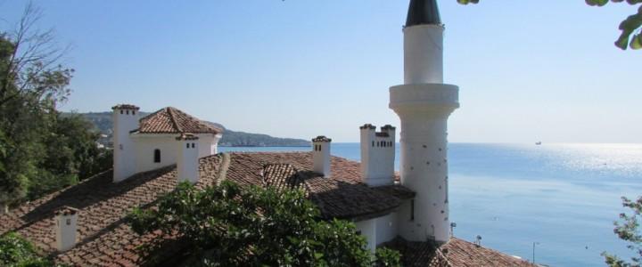 Дворецът в Балчик – райското място носещо духа на кралица Мария