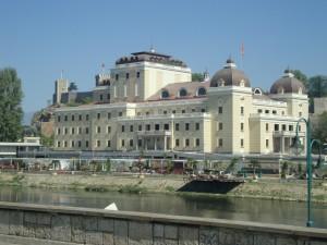 7.Skopje-national teatre