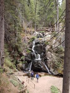 8.Kasak waterfall